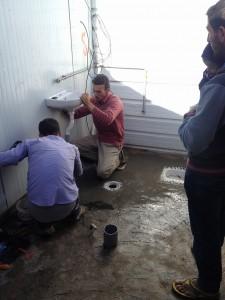 20161215_JD_setting up a washbasin5